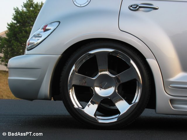 Rear 20-inch Rims